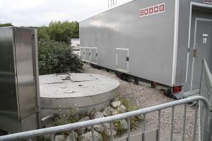 Pumpstationen finns två meter från toalettvagnen...